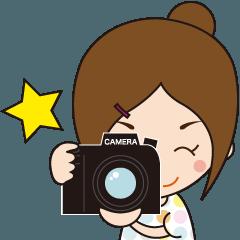 動く!カメラガール